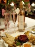 Diner in valentijnskaartdag stock afbeeldingen
