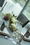 Dinerlijst met belangrijkst voorwerp Royalty-vrije Stock Foto