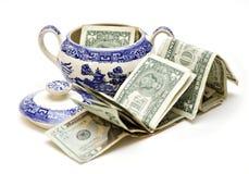 Dinero americano en tazón de fuente de azúcar Foto de archivo libre de regalías