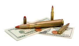 Dinero americano y cartuchos aislados Fotografía de archivo libre de regalías