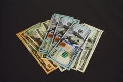 Dinero billete de banco de $100 dólares Fotos de archivo libres de regalías