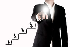 Dinero creciente o beneficio del hombre de negocios Un concepto cada vez mayor del gráfico en el fondo blanco Foto de archivo