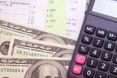 Dinero, cuentas, y calculadora Fotografía de archivo libre de regalías