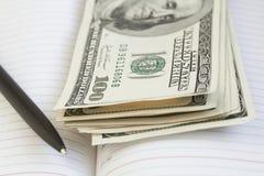Dinero, dólares Imagenes de archivo