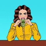 Dinero de Art Successful Beautiful Woman Eating del estallido Imagenes de archivo