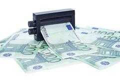 Dinero de la impresión de la máquina Imagenes de archivo