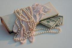 Dinero de las compras de la vendimia Fotos de archivo