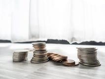 Dinero del ahorro para la inversi?n futura imagenes de archivo