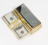 Dinero, efectivo, lingote de oro Imagen de archivo libre de regalías