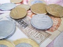Dinero en circulación brasileño Imágenes de archivo libres de regalías