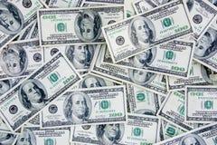 Dinero en circulación de los E.E.U.U. 100 cuentas de dólar Foto de archivo libre de regalías