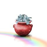 Dinero en crisol rojo Fotografía de archivo libre de regalías