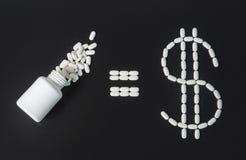 Dinero en industria farmacéutica Fotografía de archivo