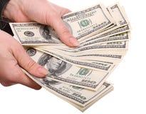 Dinero en manos femeninas. Foto de archivo libre de regalías