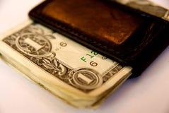 Dinero en primer del clip Imagen de archivo