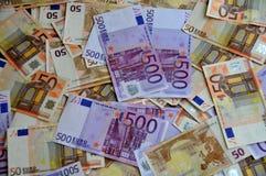 Dinero euro de cinco centenares y cincuenta Fotos de archivo libres de regalías