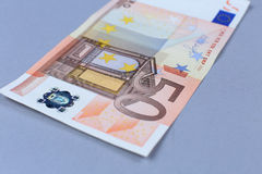 Dinero euro en un fondo blanco Foto de archivo libre de regalías