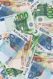Dinero europeo - muchos billetes de banco euro Foto de archivo libre de regalías
