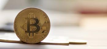 Dinero futuro del ` s de Bitcoin - imagen común Fotos de archivo libres de regalías