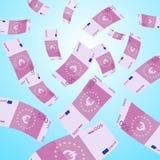 Dinero que cae del cielo El caer euro de 500 billetes de banco Fotos de archivo libres de regalías