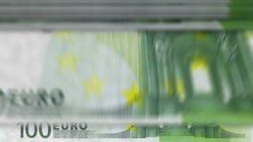 """Dinero que cuenta la máquina abajo del euro del †""""100 metrajes"""