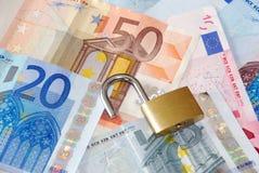 Dinero seguro Imágenes de archivo libres de regalías