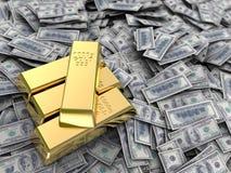 Dinero y oro Imagen de archivo libre de regalías