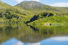 Dinglavatnet около Volda, Ørsta Стоковое фото RF