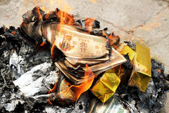 Dinheiro ardente Ghost para o chinês Ghost Fotografia de Stock