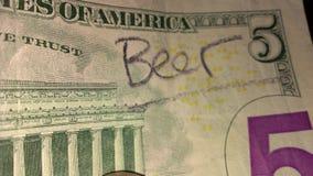 Dinheiro da cerveja Fotos de Stock Royalty Free