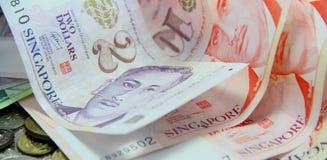 Dinheiro de papel e moeda Imagem de Stock