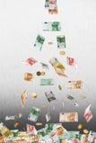 Dinheiro de queda do Euro Fotos de Stock