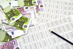 Dinheiro e dígitos financeiros foto de stock royalty free