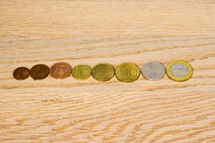 Dinheiro e moedas bielorrussos foto de stock