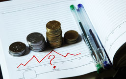 Dinheiro e perguntas imagens de stock royalty free