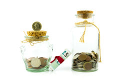 Dinheiro em um frasco Fotos de Stock