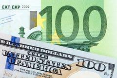 Dinheiro: feche acima das cédulas do euro e do dólar Imagens de Stock Royalty Free
