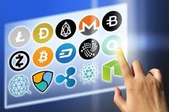 Dinheiro financeiro da tecnologia e do Internet - taxas de câmbio e sinais da moeda fotos de stock