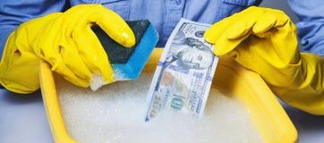 Dinheiro ilegal da lavagem de dinheiro, dólares de conta, dinheiro obscuro, corru fotos de stock