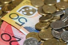 Dinheiro, moedas e notas australianos Imagens de Stock
