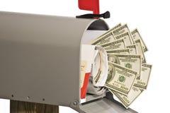 Dinheiro na caixa postal foto de stock royalty free