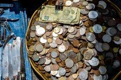 Dinheiro para a venda O dinheiro é o rei Fotografia de Stock Royalty Free