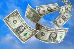 Dinheiro que cai do céu Fotografia de Stock