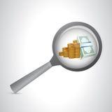 dinheiro sob um vidro da ampliação Imagem de Stock