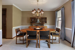 Dining room with tan walls Royalty Free Stock Images