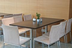 Dining table in restaurant Royalty Free Stock Photography