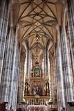 DINKELSBUHL, ALEMANIA - 22 DE JUNIO: Interior de la iglesia de monasterio de San Jorge gótico Imagenes de archivo