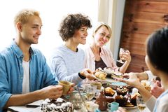 Dinner of friends Royalty Free Stock Images