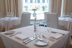 dinnerware tables white arkivbild