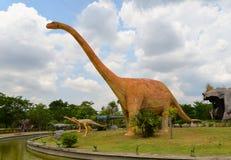 DinosaurieMamenchisaurus fotografering för bildbyråer